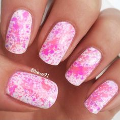 Pinky splatter. (@Lisa Mullins on Instagram)