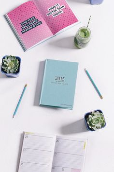 Whether she keeps track of her training runs, goals, or meals, help her journal the fashionable way with a Lorna Jane MNB 2015 diary ($40).