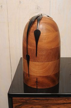 Dali Clock, Custom Wood Furniture, Danish Style, Wooden Clock, Clocks, Table Lamp, Woodworking, Projects, Design