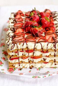 Recipe: No-Bake Strawberry Icebox Cake — Dessert Recipes from The Kitchn