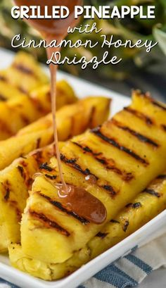 This Grilled Pineapple with Cinnamon Honey Drizzle is a perfect side dish or light dessert! This Grilled Pineapple with Cinnamon Honey Drizzle is a perfect side dish or light dessert! Grilled Desserts, Grilled Fruit, Grilled Shrimp, Grilled Salmon, Grilled Pineapple Recipe, Grilled Vegetables, Vegetables On The Grill, Grilled Vegetable Kabobs, Pineapple Kabobs