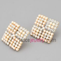 Sweet  stud earrings with gold zinc alloy decorated shiny rhinestone  and abs beads