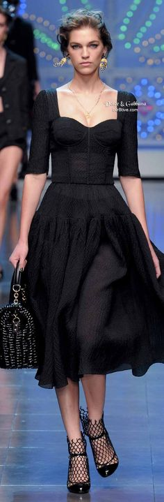Dolce e gabbana long dress 40s