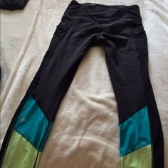 lululemon track pants super comfortable, only worn a few times, perfect condition! lululemon athletica Pants
