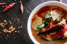 Spicy Vegetable & Apricot Curry: of our 12 Days of Recipes annual series Best Chilli Recipe, Chilli Recipes, Paleo Recipes, Dinner Recipes, Cooking Recipes, Dinner Ideas, Crock Pot Recipes, Soup Recipes, Weekly Meal Plan Family