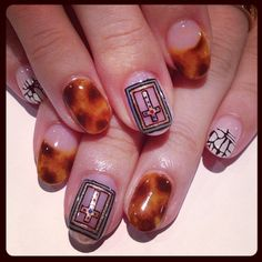 Tortoiseshell & Crossing art nails