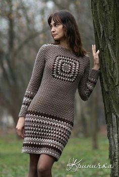 Granny Square Crochet Skirt - Just Wonde - maallure Gilet Crochet, Crochet Blouse, Crochet Granny, Crochet Baby, Knit Crochet, Crochet Tops, Crochet Skirts, Crochet Clothes, Crochet Woman