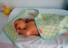 Towels - Badcape - Een uniek product van birdsandbots op DaWanda