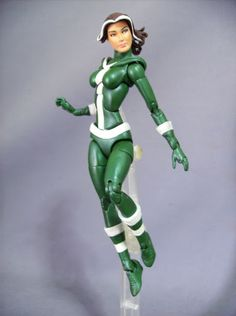 Classic Rogue custom figure by Rafaelo Base figure: Toybiz Scarlet Witch, head is from DCSH Supergirl