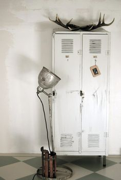 locker, antler, lamp