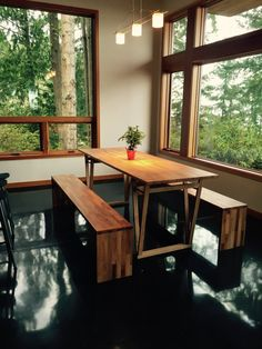 DINING SET: Beech Dining Table and Benches von HardmanDasein