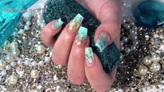 "#mermaid   #sealife   #nails   #nailart   #tutorial   Märchenhafte Designs mit geheimnisvollen Unterwasserwesen machen sich als Sommerlook richtig gut. Mit dem neuen LAVENI Farbgel und Jolifin Sealife Tattoos haben wir ein Beispiel dafür auf die Nägel gebracht. Hier findest du die Produkte zur Nailart ""Mermaid's Dream"": http://www.prettynailshop24.de/shop/nailart-mermaid-s-dream-video_1033.html?utm_source=pinterest&utm_medium=referrer&utm_campaign=pi_NA_Mermaid3016"