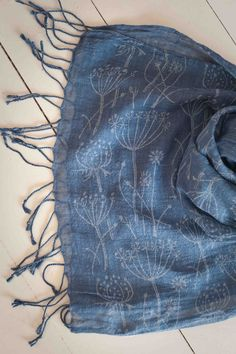 Scarf printed with the Tussock patterned paint roller printed by Justine Downs Patterned Paint Rollers, Kind Of Blue, Mood Indigo, Annie Sloan Chalk Paint, Fashion Today, How To Dye Fabric, Painting Patterns, House Painting, Textile Art