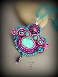 El Rinconcito de Zivi: Conjunto de bisuteria de soutache para traje de flamenca, broche- colgante y pendientes de soutache. Purple-turquoise set soutache jewelry