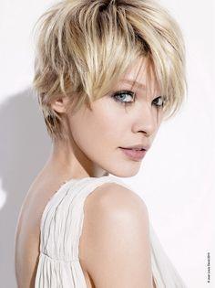 Layered hairstyles 2012. Platinum with lowlights.