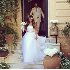 One of our lovely #realbrides radiating beauty and grace in a #GiuseppePapini princess gown #hermosalespose #realbride #couture #love #congrats #beautiful #happy #smile #bridetobe #amazing #elegant #bride #bridal #congratulations #ido #novia #bodas #weddi