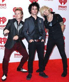 Green Day anuncia una pequeña separación para descansar - http://www.usonica.com/otros/artistas-otros/green-day-anuncia-una-pequena-separacion-para-descansar green day, separación