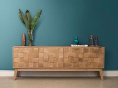 Andrew Dominic Furniture is a Luxury Furniture Designer & Maker who creates bespoke high end contemporary timber furniture. Contemporary Interior Design, Contemporary Furniture, Servers Furniture, Accent Furniture, Furniture Design, Hallway Sideboard, South African Design, Cube Design, Wooden Stools