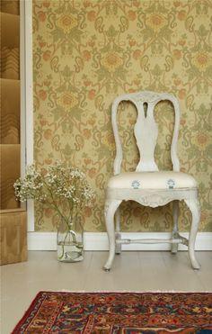 Sisustusideoita | Pihlgren ja Ritola Osakeyhtiö Dining Chairs, Wallpaper, Gallery, Furniture, Home Decor, Young Adults, Decoration Home, Roof Rack, Room Decor