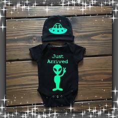 Infant Onesie / Roswell Alien Infant by StrugglingScotsman on Etsy