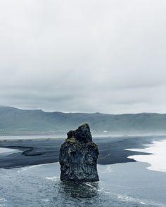 this isn't happiness™ (Iceland), Peteski