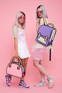 Clever Bags That Resemble Two-Dimensional Drawings JumpFromPaper is a Taiwan-based fashion brand that makes bags, purses, and other accessories that are designed to look like two-dimensional drawings. The effect, at least in photographs, is uncanny… … Cute Purses, Purses And Bags, 2d Bags, Jump From Paper, Cartoon Bag, Novelty Bags, Fashion Brand, Womens Fashion, Pop Fashion