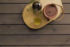Forny uteplassen: Dette er vårens mest trendy farger - Byggmakker Frappe, Wood Watch, Terrace, Wooden Clock