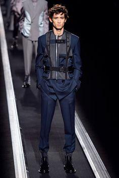 Dior Men Fall 2019 Menswear Collection - Vogue Estilo De Hombre 1748e032387