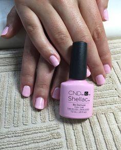 Love, love, love this new CND Shellac colour: Be Demure !!!