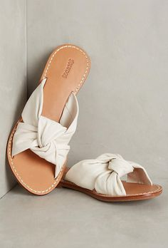 a5beb7ce7 Top 7 Classy Women Heels Demanding Every Attention Daily - Soludos Knotted  Slide Sandals The Best of shoes in