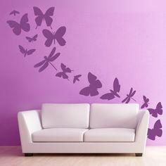 Decora tu casa con este vinilo decorativo. Son diecisiete mariposas de diferentes formas y medidas, que te permitirán personalizar al máximo las paredes de tu hogar. Distribúyelas a tu gusto, adaptándolas al espacio del que dispongas. Una forma original de dar vida a tu habitación. #teleadhesivo #decoracion