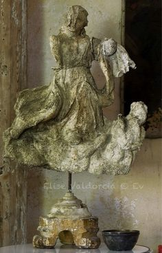paper mache sculpture by Elise Valdorcia . France 2012 . looks like a delicate antiquity