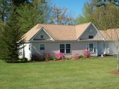 SOLD -4 Florida Dr, Windham, ME 04062 2BD/2BA Condo -Great location close to shopping, lakes,golf, ME TPK.  Maine Real Estate Network 207-883-5135  Agent David Roberts 207-741-2006
