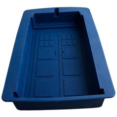 Doctor Who - TARDIS Silicone Cake Mould by Ikon Collectables For my bestie Sarah Esau