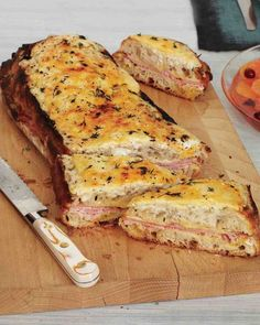 Now THIS would be good for game night with the gals: Croque-Monsieur. Split open a loaf of ciabatta to make this family-size version of the classic French bistro sandwich of ham, Gruyere, and deliciously browned bechamel sauce. Tostadas, Food Porn, Little Lunch, Love Food, Foodies, Food And Drink, Cooking Recipes, French Food Recipes, Kitchen Recipes