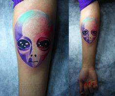 http://tattoomagz.com/sasha-unisex-tattoos/sasha-unisex-tattoo-alien/ This might be my absolute favorite tattoo by Sasha Unisex. I want to be tattooed by her someday! It would be an honor!