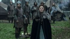 Catelyn-and-soldiers-house-stark-29651296-1366-768.png (1366×768)