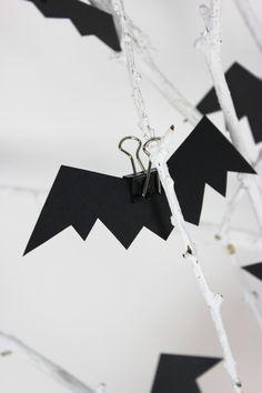 bat clips