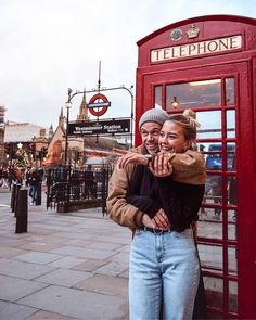 Red Phone Box London Westminster Station London United Kingdom – Places To Visit In The Uk Top Places To See … London Pictures, London Photos, London Photography, Couple Photography, Westminster Station, Westminster Abbey, Couple Goals Cuddling, London Instagram, London United Kingdom