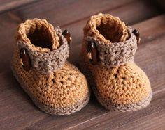 Crochet Pattern for Boys Boots Greko Boot Booties por Inventorium