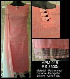 Indian peach tunic w/ unusual frog closure Chudi Neck Designs, Salwar Neck Designs, Churidar Designs, Kurta Neck Design, Neck Designs For Suits, Neckline Designs, Dress Neck Designs, Sleeve Designs, Blouse Designs