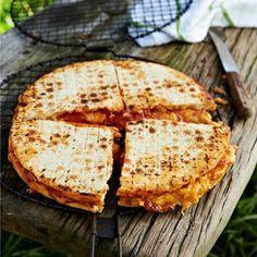 & Pizza wat jy braai op die vuur soos 'n braaibroodjie?
