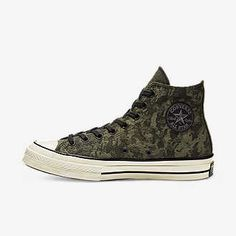 Mens Fashion Shoes, Men's Fashion, Chuck Taylor Boots, Men's Converse, Menswear Trends, All Star Shoes, Sock Shoes, Chuck Taylors, Sport Outfits