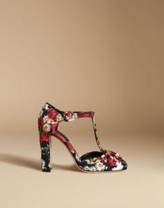 Dolce & Gabbana Black T-strap Brocade Court Shoes With Embroidery $1,245