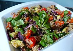 quinoa salad with vegetables Veggie Recipes, Salad Recipes, Vegetarian Recipes, Healthy Recipes, Couscous, Lunch Restaurants, How To Cook Quinoa, Healthy Salads, Healthy Food