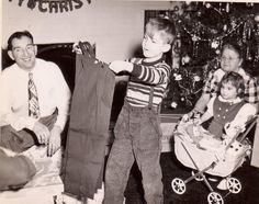Christmas morning, 1948 carriage for doll Christmas Albums, Best Christmas Gifts, Christmas Morning, Family Christmas, Christmas And New Year, Christmas Holidays, Christmas Trees, Christmas Decorations, Vintage Christmas Photos