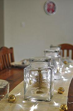 Christmas Table Ideas -- White Christmas in a Jar