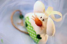 Guardadientes, el ratón valiente de ♥ ♥ ♥ Rosecat-Handmade ♥ ♥ ♥  por DaWanda.com