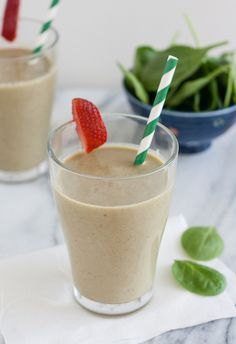 Strawberry, Banana, and Spinach Smoothie from @Tracey Fox's Culinary Adventures I Tracey Wilhelmsen