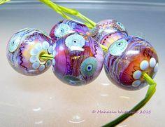 Artist Glass Lampwork Bead Round Strawberry by manuelawutschke